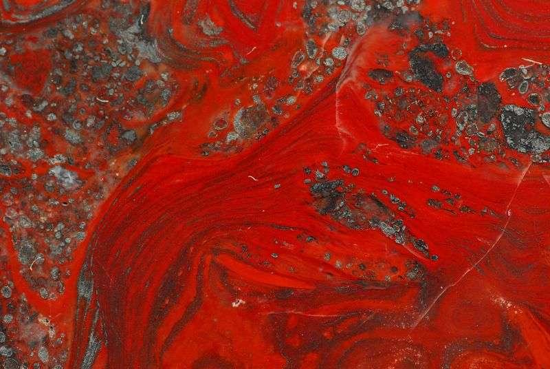 Stromatolite rougeoyante