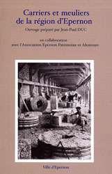 Des ouvrages pour approfondir le sujet des meules, meulières et moulins. © DR