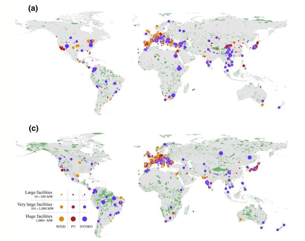 Plus d'un quart des centrales éoliennes, solaires et hydroélectriques (respectivement en orange, rouge et violet) empiètent sur les zones clés de biodiversité ou des espaces naturels protégés (en vert). © José Rehbein et al, Global Change Biology, 2020
