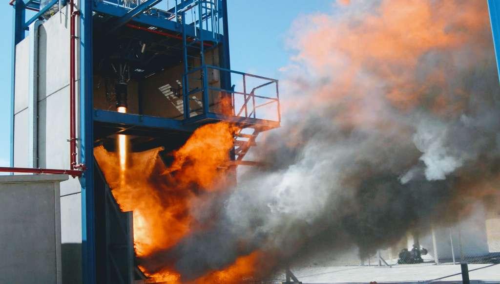 Essai du moteur à propulsion liquide de PLD Space pour son lanceur Arion 2. © PLD Space
