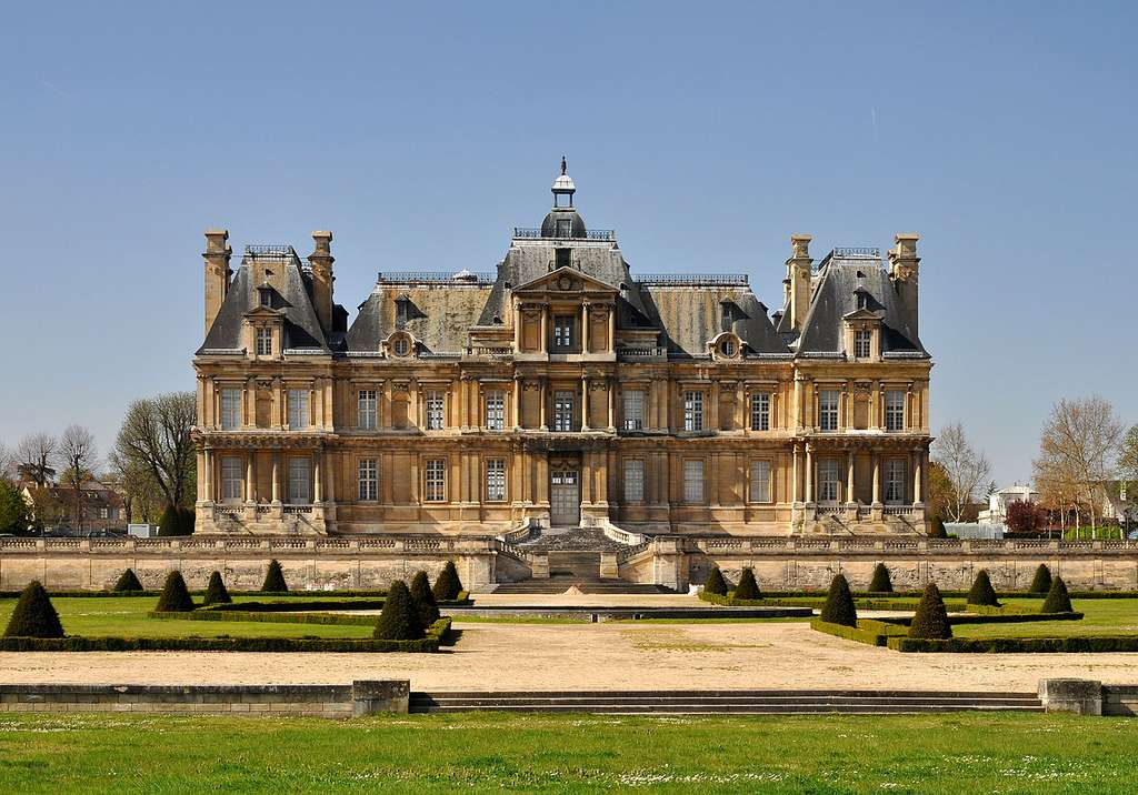 Le château de Maisons-Laffitte est l'un des nombreux monuments qui font le charme du tourisme dans les Yvelines. C'est une référence en matière d'architecture civile du XVIIe siècle. © Moonik, Wikimedia Commons, cc by sa 3.0