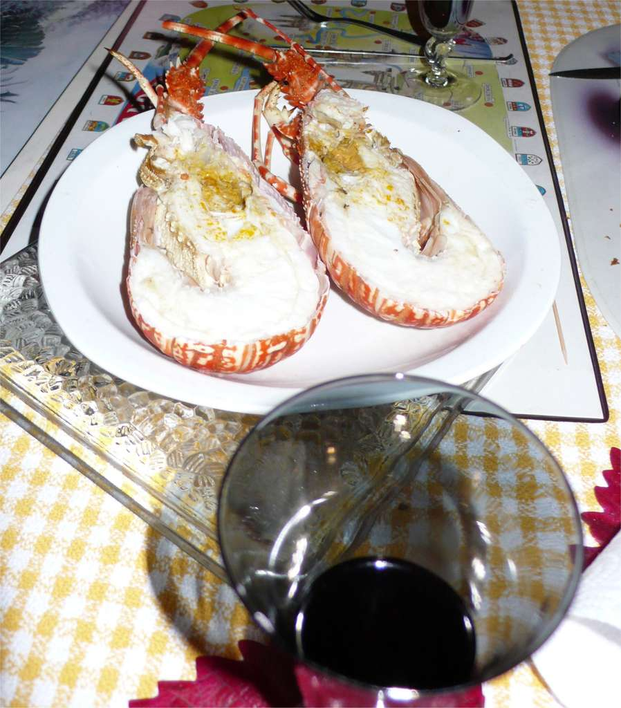 Du vin rouge avec de la langouste : une aberration. © J. L. Goudet, Futura