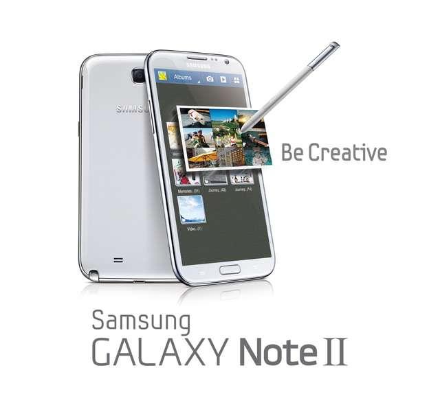 La condamnation de Samsung à verser 1,05 milliard de dollars à Apple pour violation de brevet, n'empêche pas le constructeur de briller sur le salon européen d'IFA à Berlin où son concurrent n'est pas présent. Parmi les nouveautés, il présente le Galaxy Note 2 doté d'Android. © Samsung