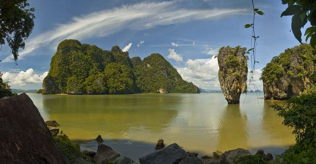 La baie de Phang Nga Thailande. © René Ehrhardt, Wikimedia commons, CC BY 2.0