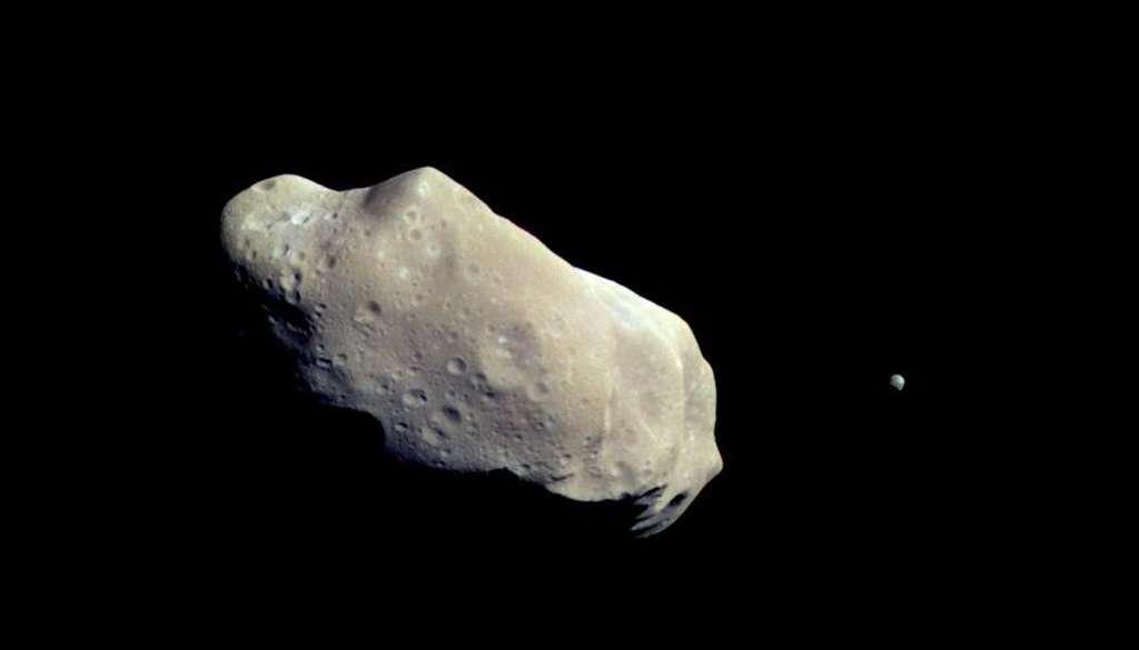 Ida et sa Lune Dactyl. © Nasa