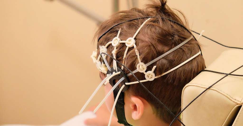 Electroencéphalogramme. © Marina Pousheva, Shutterstock