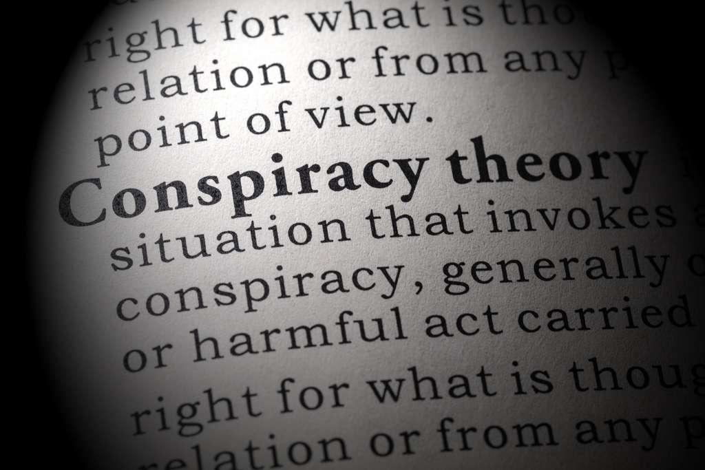 Dans les sphères complotistes, le rapport à l'information est déjà biaisé. © Feng Yu, Adobe Stock