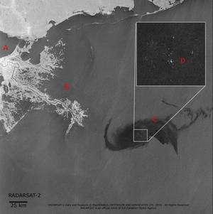 Une image réalisée le 28 avril par le satellite RadarSat, à 11 h 51 TU (deux heures de plus en heure française). La nappe de pétrole s'échappant du forage de l'ex-plate-forme Deepwater Horizon est bien visible. L'agrandissement montre les navires présents sur zone et tentant de réduire la marée noire. En B, le delta du Mississpi. En A, La Nouvelle-Orléans. (Cliquer sur l'image pour l'agrandir.) © Canadian Space Agency