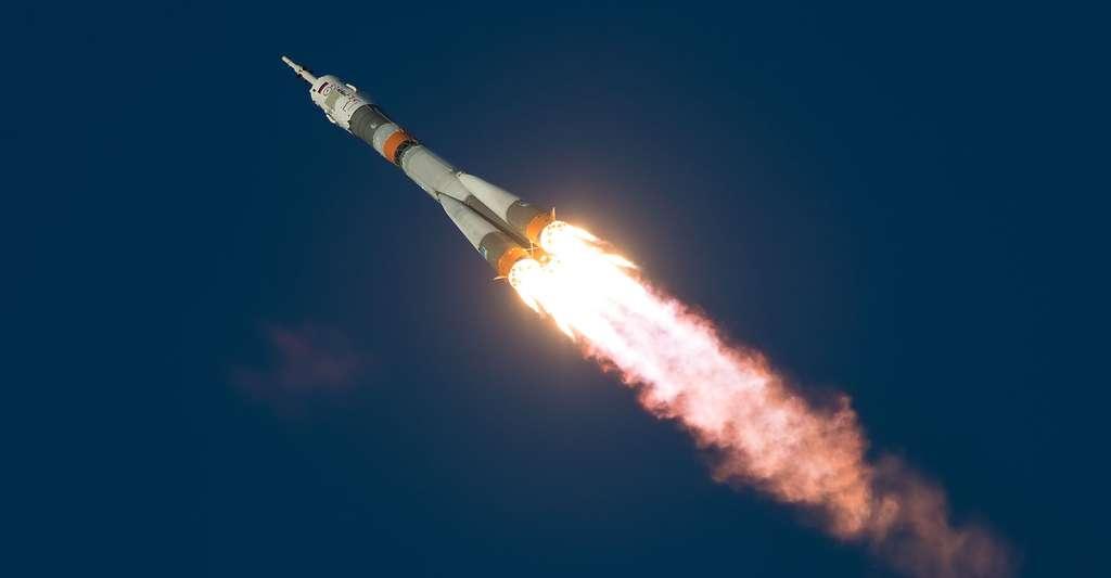 Soyuz lanceur ne concerne pas celui de claudie c'est simplement pour le visuel. © NASA/Joel Kowsky