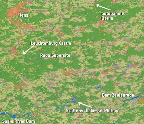 Sentinel 1A est capable de faire un inventaire précis de l'état des récoltes, des forêts, de la couverture nuageuse et de l'hydratation des sols, par exemple. Cette carte montre une zone du centre de l'Allemagne et donne un inventaire précis des forets (vert foncé), de l'eau (bleu), des zones urbaines (rouge), des cultures (vert clair) et des champs encore nus (brun). © Esa