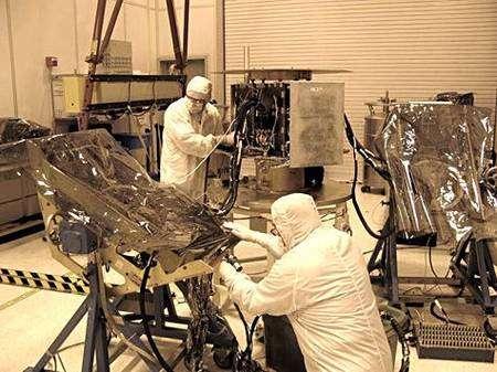 Intégration d'Ibex à son étage propulseur. Crédit Nasa