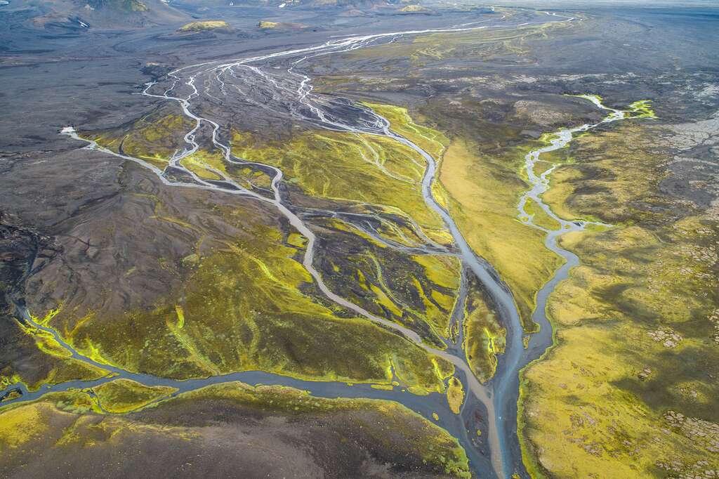 L'Islande vue du ciel : arborescence de l'eau