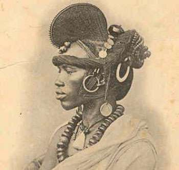 Femme Foulah. © Edmond Fortier, 1900, Archives Nationales du Sénégal