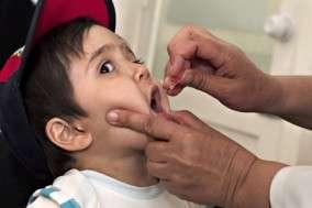 En Syrie, l'OMS utilise le vaccin oral, à base d'un virus atténué. Il est un peu plus risqué, mais confère une protection contre la poliomyélite plus complète que le vaccin à base d'un virus inactivé utilisé en Europe. © Unicef Sverige, Fotopedia, cc by 2.0