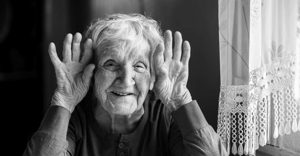 Le secret de longévité des supercentenaires réside en partie dans leur système immunitaire. © De Visu, Adobe Stock