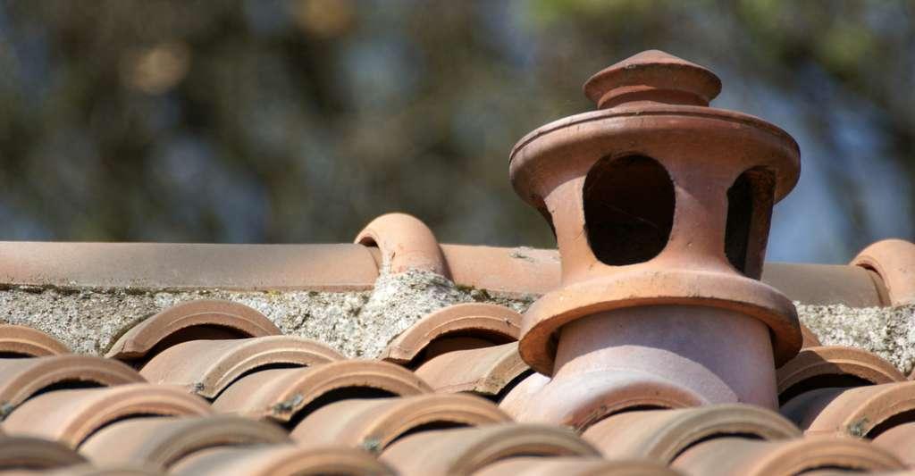 Ici, une sortie en toiture d'un système de ventilation mécanique contrôlée. © Photo Passion, Fotolia