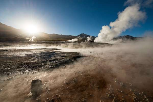 Geysers et sources hydrothermales à El Tatio, dans le désert de l'Atacama. Il semble que les mêmes conditions régnaient, à quelques nuances près, sur Mars il y a plus de 3,7 milliards d'années. © Ben Pipe Photography, Corbis