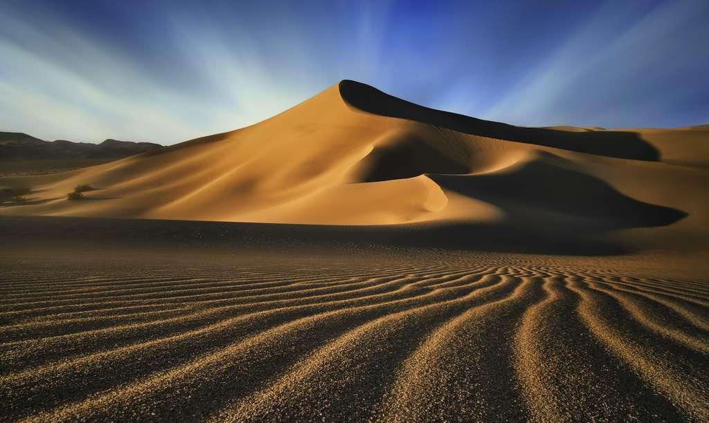 Dunes de l'Ibex, par national de la Vallée de la Mort, Californie, États-Unis