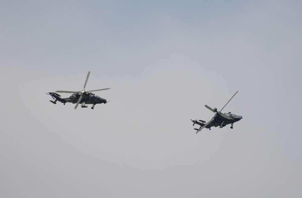 Les hélicoptères Tigre en formation