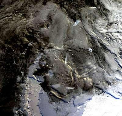 La péninsule Antarctique photographiée par MERIS en mars 2002. - Photo © ESA