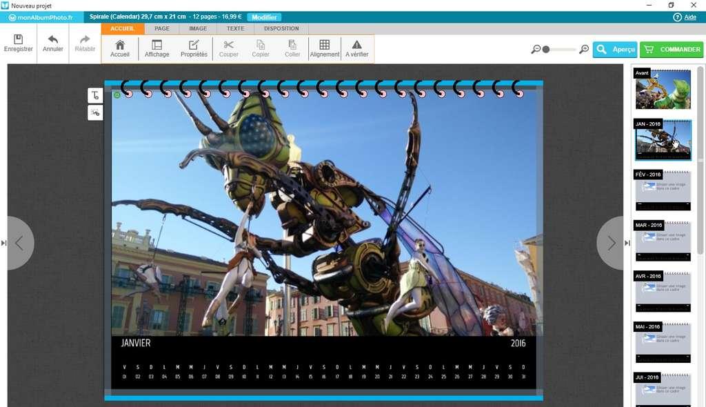 Le calendrier ou l'agenda photo sont d'excellentes idées de cadeau personnalisé. © Futura