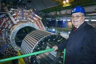 Le directeur du CERN, Robert Aymar (Cliquez pour agrandir, crédit : CERN).