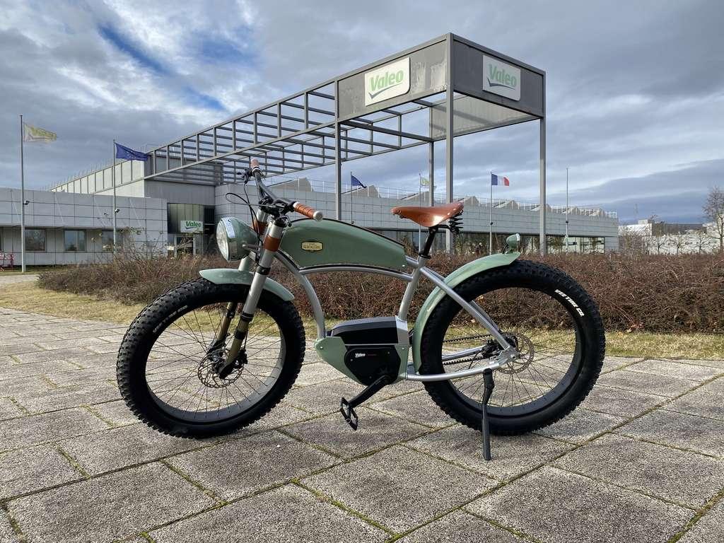 Le magnifique vélo électrique des Ateliers Heritagebike semble bien parti pour adopter la solution Smart e-Bike System de Valeo. © Valeo