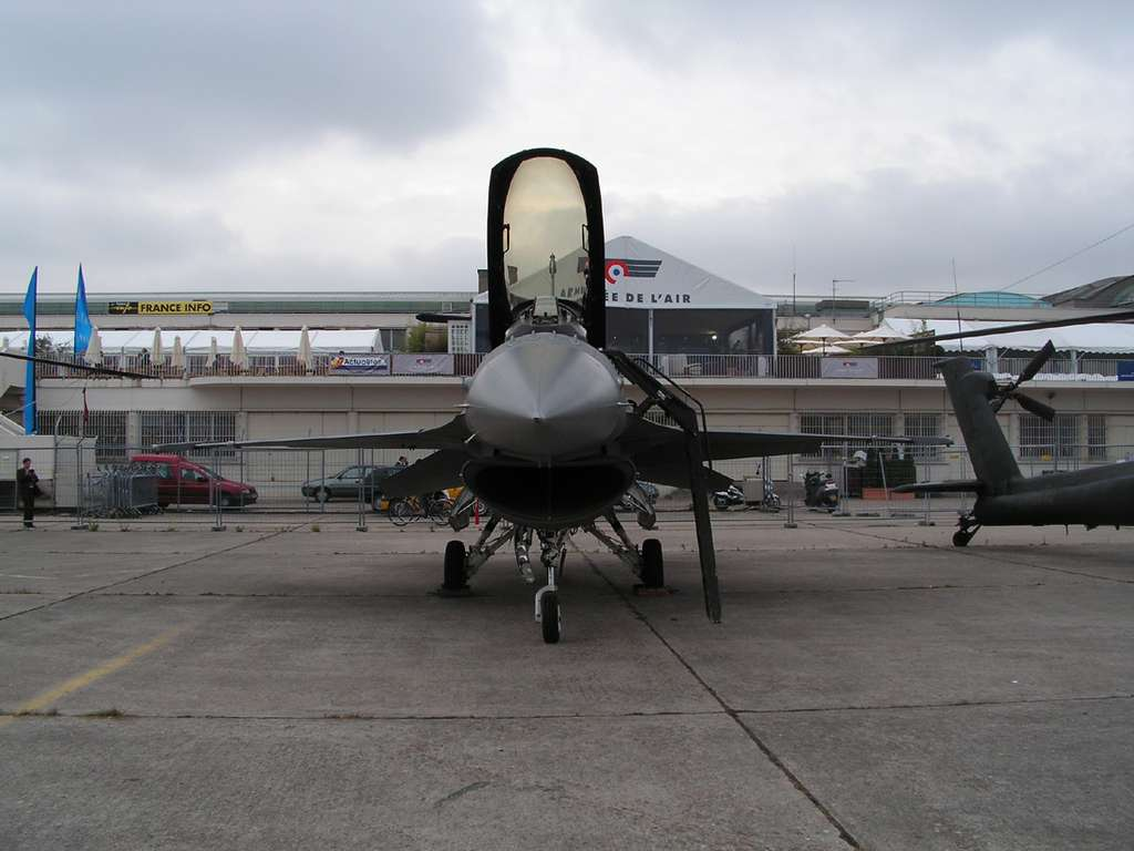 F-16 Fighting Falcon au Salon du Bourget