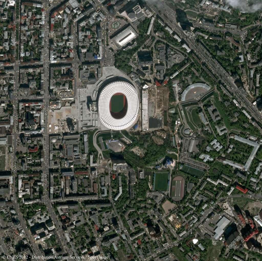 Le stade olympique de Kiev où seront joués plusieurs matchs de l'Euro 2012, dont la finale. © Cnes 2012/Astrium Services/Spot Images