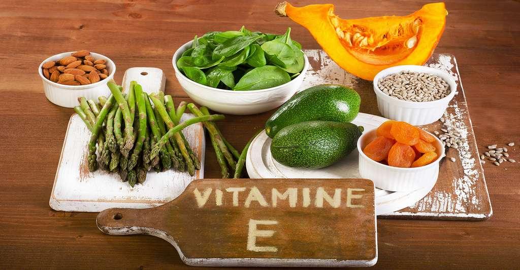 La vitamine E est déconseillée aux femmes enceintes. © Bitt24, Shutterstock