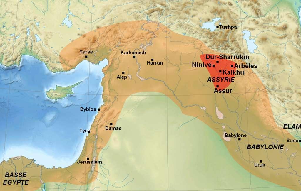 Les calendriers assyrien et hittite sont peu connus. L'Assyrie, qui a été fondée au XIVe siècle av. J.-C, est une région antique du nord de la Mésopotamie. Elle tient son nom de la ville d'Assur qui, elle-même, porte cette dénomination en référence à sa divinité, le dieu Assur. © DR