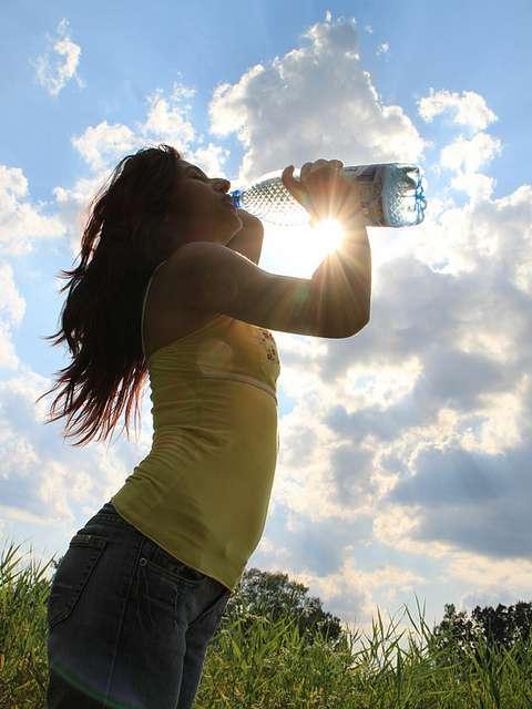 Contre la cystite, buvez beaucoup d'eau. © Emilian Robert Vicol, Flickr, CC by 2.0