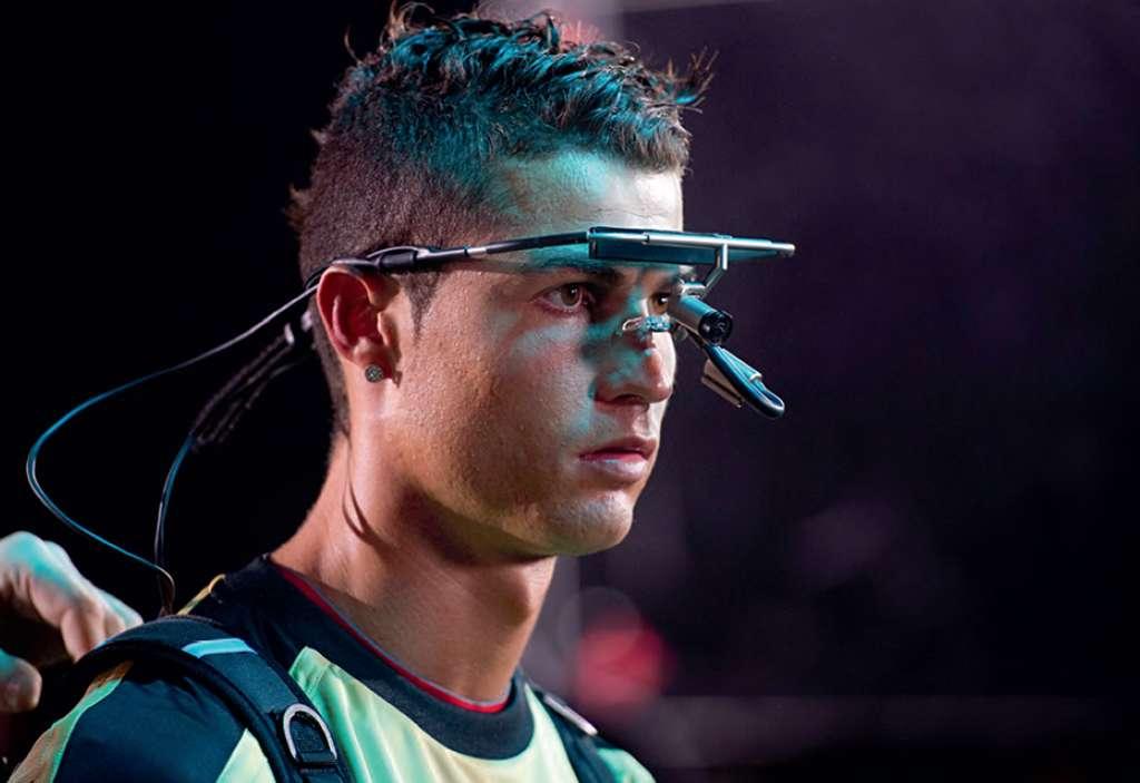 Dispositif de suivi des mouvements des yeux permettant d'identifier avec précision les informations visuelles sélectionnées par l'athlète. Capture d'écran vidéo ci-dessus.