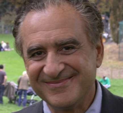 Interview du docteur David Elia, gynécologue et auteur de nombreux ouvrages sur la ménopause. © Dr David Elia