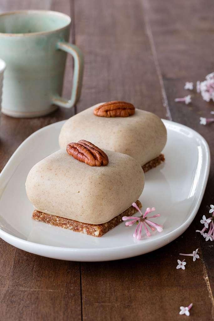 Gâteaux crus aux noix de pécan © Claire Curt - Manuela Chantepie