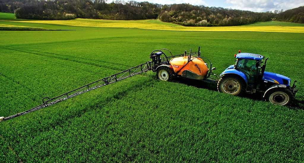 En 2011/2012, 5,7 millions de tonnes d'engrais azotés ont été utilisées en France (chiffre des Chambres d'agriculture). © AgriParisPictures, Flickr, CC by-sa 2.0