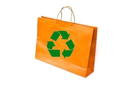 Les sacs réutilisables, bons pour l'environnement, ne doivent pas devenir mauvais pour votre santé. © DR