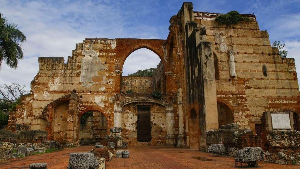 Les ruines de l'hôpital de San Nicolas de Bari