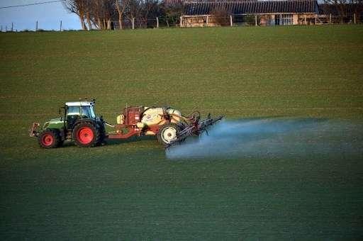 La Commission européenne appelle à une réduction de 50 % de l'usage des pesticides d'ici 2030. © Remy Gabalda, AFP