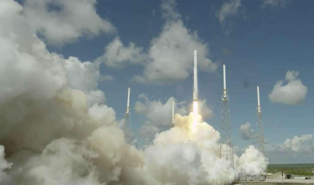 Décollage du lanceur, à 16 h 21 (heure de Paris). © SpaceX (capture TV)