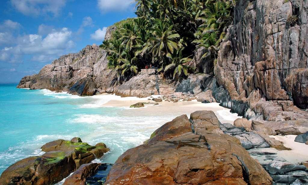 Plage de l'anse Macquereau, sur l'île de Frégate, aux Seychelles