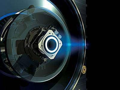 Le principe de moteur ionique consiste à ioniser un gaz inerte (du xénon) à l'aide d'un courant électrique. Les ions produits sont ensuite accélérés par un champ électrique et expulsés à très grande vitesse par une petite tuyère. Par réaction, la sonde se déplace.
