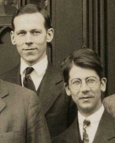 De gauche à droite Robert Mulliken et Friedrich Hunden 1928 à Chicago. Le premier a développé le concept d'orbitale moléculaire quantique du second. ©