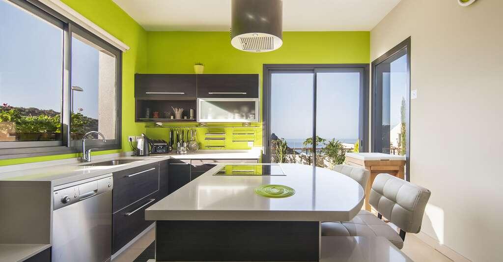 Rénover son appartement signifie parfois faire des changements dans sa cuisine. © Iuliia Bondarenko, Shutterstock