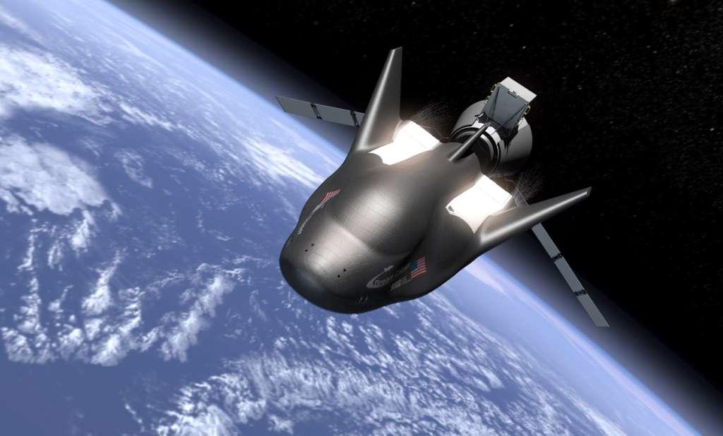 Sierra Nevada a perdu le contrat de transport d'astronautes américains entre la Terre et la Station mais la Nasa utilisera la petite navette de cette entreprise pour ravitailler le complexe orbital. En plus de ces missions, cet engin sera commercialisé auprès de différents acteurs du secteur, dont le Bureau des affaires spatiales de l'ONU qui l'utilisera en 2021. © Sierra Nevada