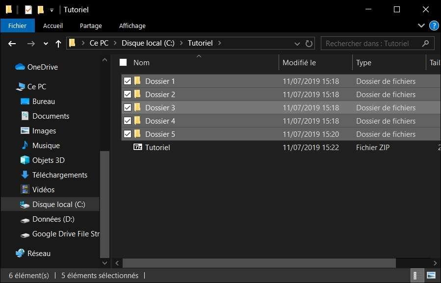 Le fichier Tutoriel.zip a été ajouté au dossier. © Microsoft Corporation