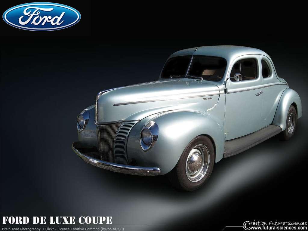 Ford de luxe coupé