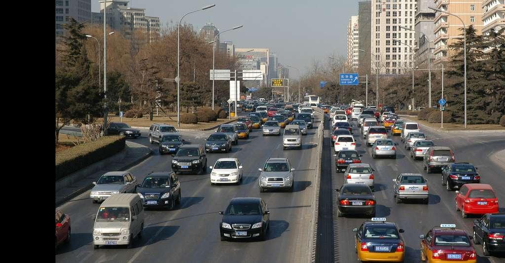 Circulation routière à Kiev, en Ukraine. Des chercheurs ont décrypté l'impression des automobilistes d'être toujours dans la mauvaise file. © PublicDomainPictures, Pixabay, DP