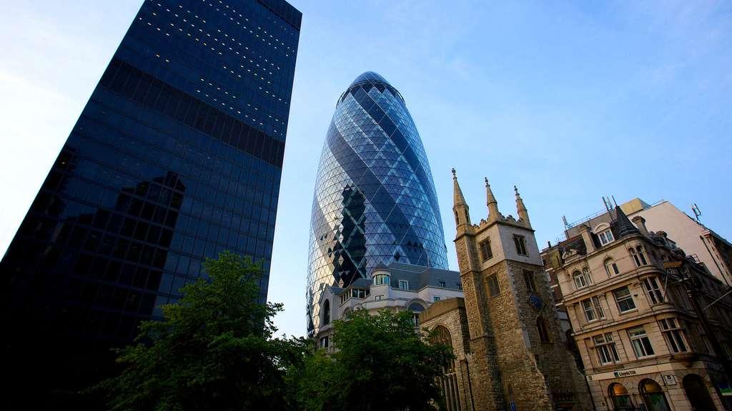 Le 30 St Mary Axe, le cornichon géant de Londres