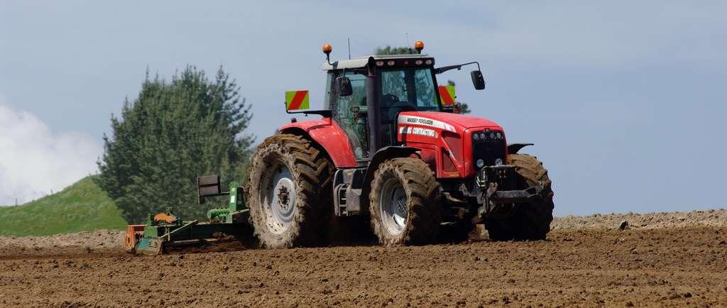 Réduire l'utilisation des herbicides dans l'agriculture serait possible, mais demanderait plus de temps de travail par hectare. Cependant, il serait mieux réparti dans l'année qu'actuellement, notamment grâce à la diversification des cultures. La situation ne serait donc pas désavantageuse pour les exploitants. © possumgirl2, Flickr, cc by sa 2.0